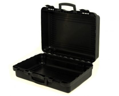 grande malette noire ouverte